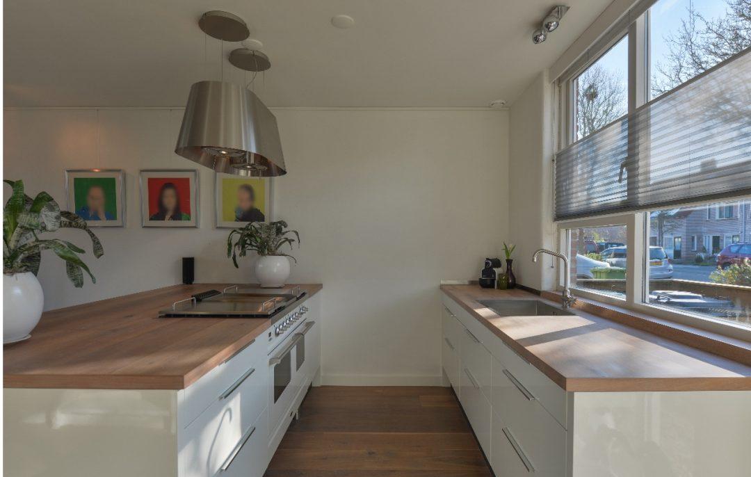 Keuken Eiken Houten : Maatwerk ikea keuken met gespoten fronts en geolied eiken houten
